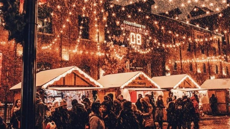 9 Christmas Markets in Canada to Get You in the Holiday Spirit