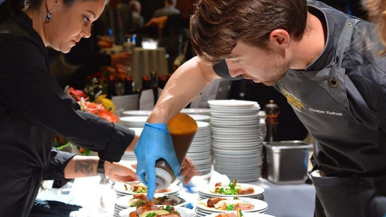 [CA] Sport, Music & Food All at Canada's Great Kitchen Party