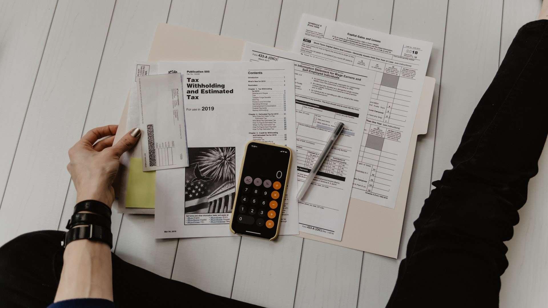 accountant_working