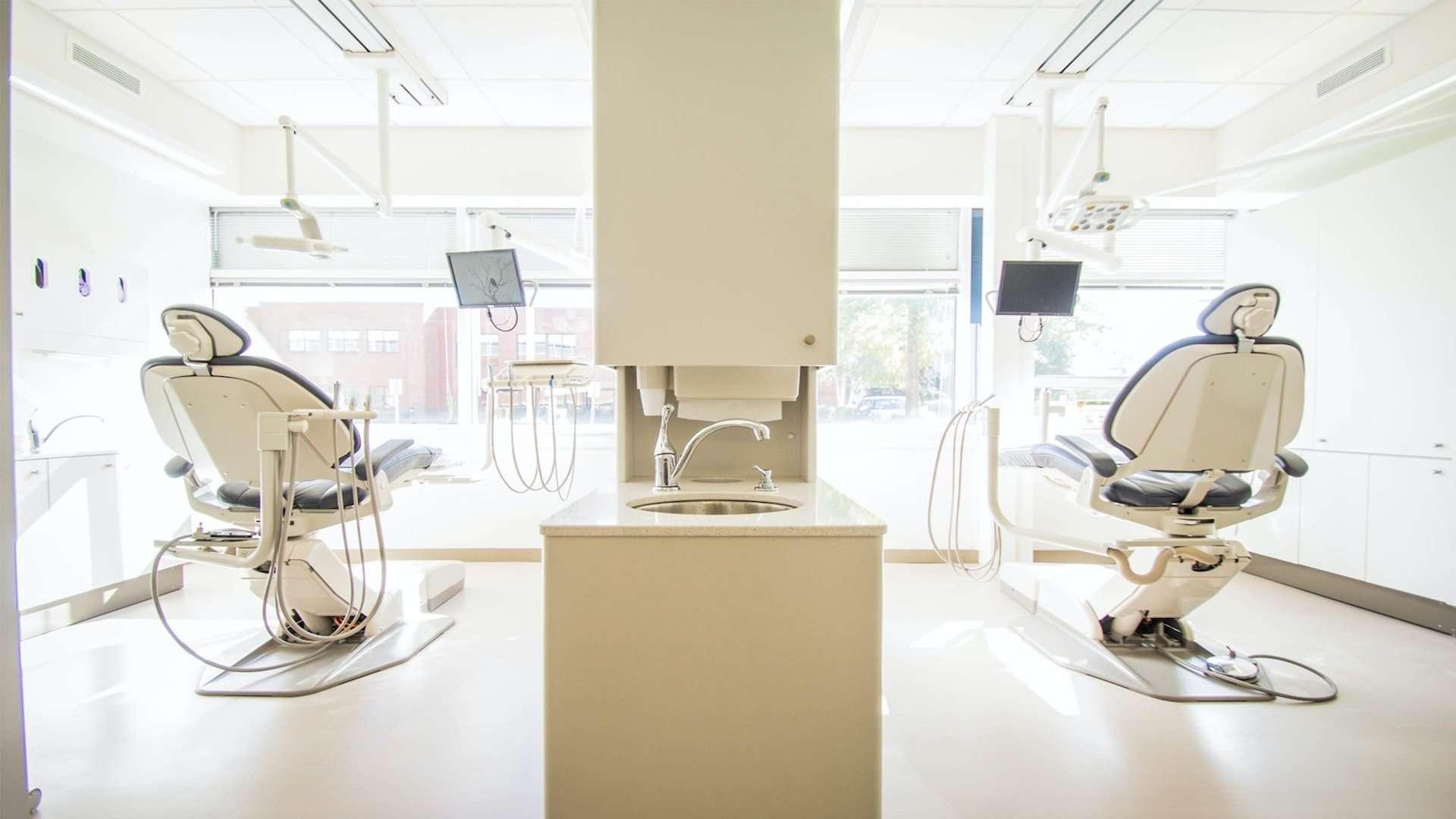 dental_chairs