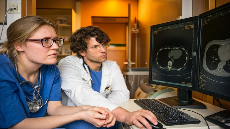 Radiographers – What to Expect in Canada
